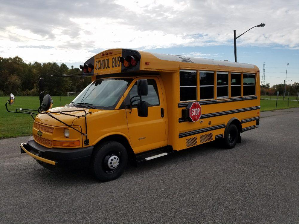 Thomas Bus 9 - Thomas Built Buses